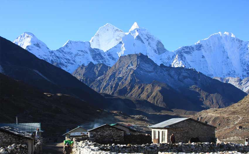 everest-base-camp-tour-package-red-carpet-journey